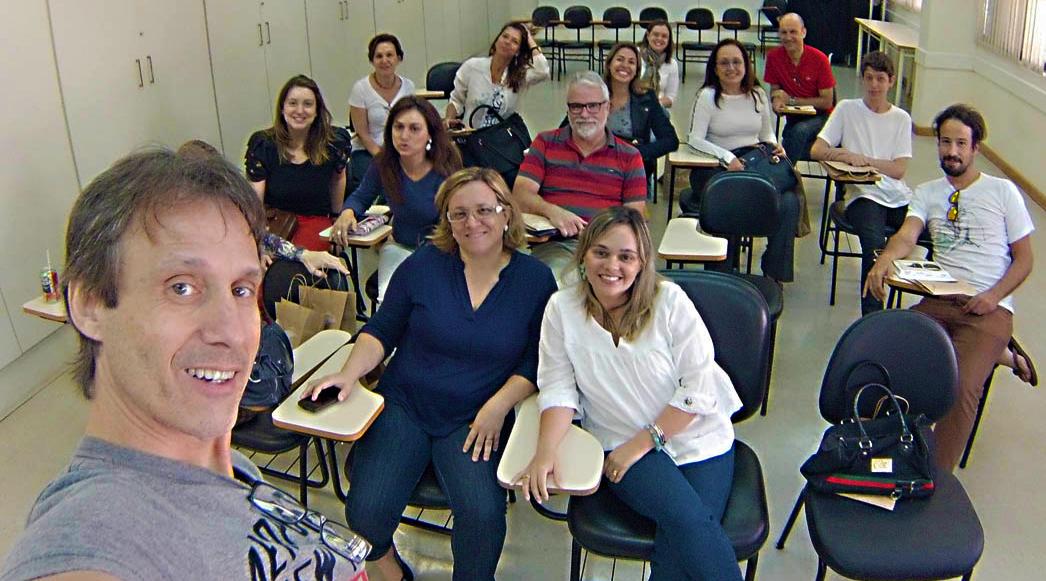 Profissionais premiados Club Design em aula Fotografia Digital para profissionais de Arquitetura e Urbanismo no Senac - Santos