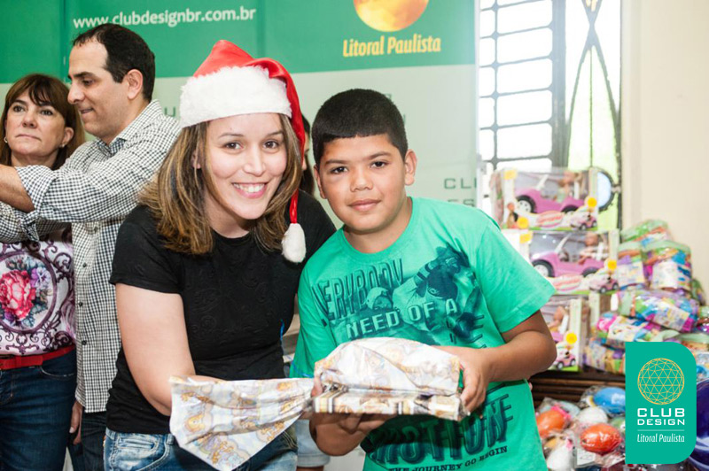 Mariane Bonito faz uma criança feliz