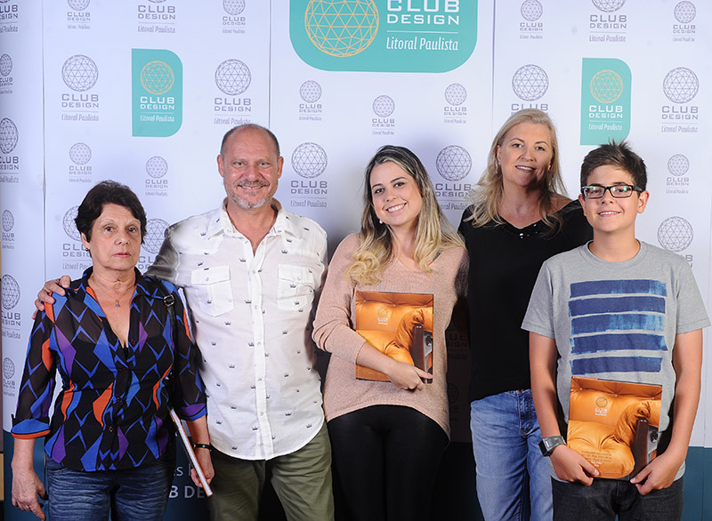 Aparecida, Carlos Pardal, Natália, Claudia Abreu e Guilherme Pardal